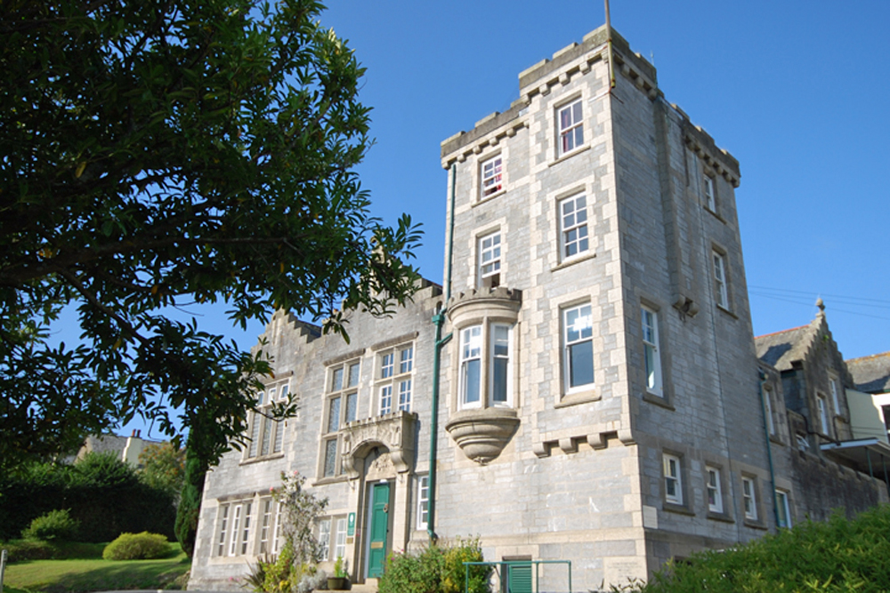 Truro High School for Girls. Muddy gets the lowdown on this single-sex,  Cornwall independent