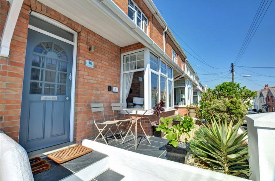 Samphire House self catering stay in Padstow, with Cornish Horizons