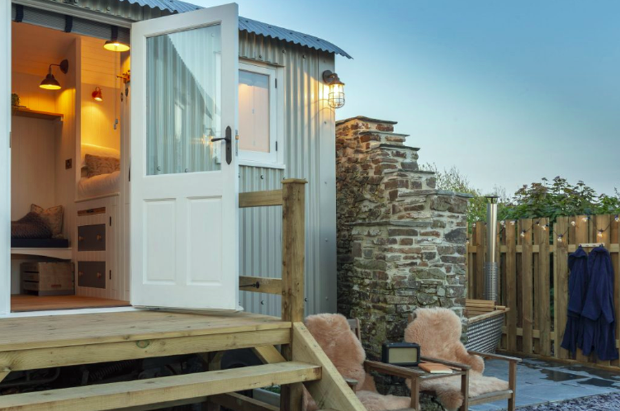 Hutterly Beautiful Glamping Bude Cornwall Review