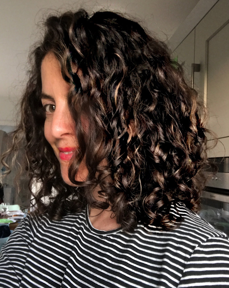 Curly hair cut. Ro Hair, Newquay, Cornwall, best hair salon hairdresser