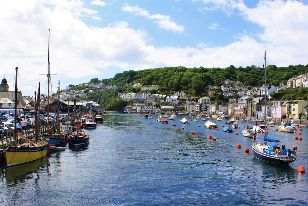 Looe coastal town on the south coast of cornwall